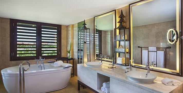 St. Regis Suite Badezimmer - The St. Regis Bali Resort