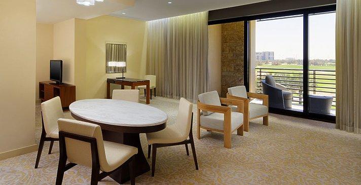 Wohnbereich Westin Renewal Suite - The Westin Abu Dhabi Golf Resort & Spa