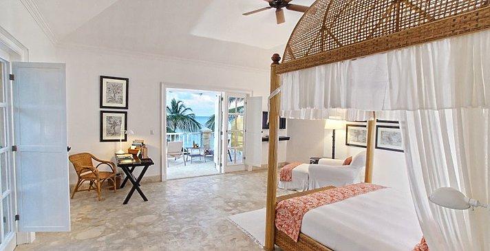 Oceanfront Junior Suite -Tortuga Bay Punta Cana