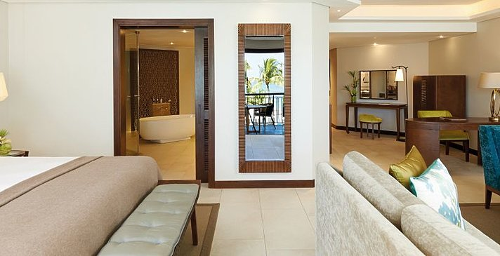 Tropical Suite - Royal Palm Beachcomber Luxury