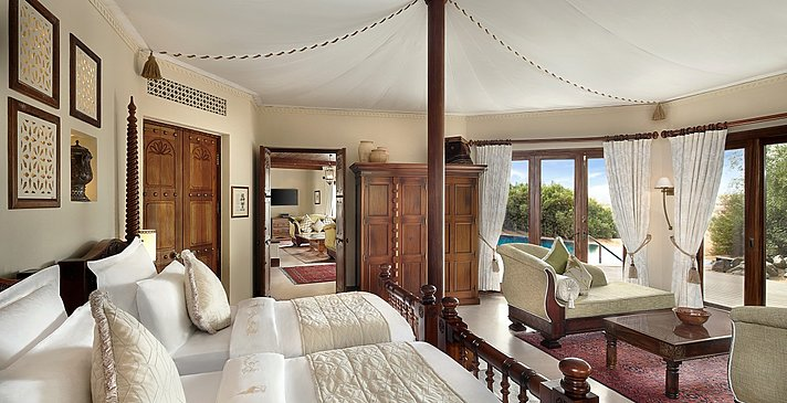 Twin Bedded Bedroom Royal Suite