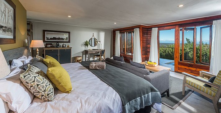 Ukhozi Lodge Suite - Kariega Game Reserve
