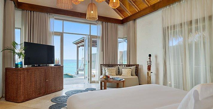 Water Sunrise Villa Schlafzimmer - Fairmont Maldives Sirru Fen Fushi