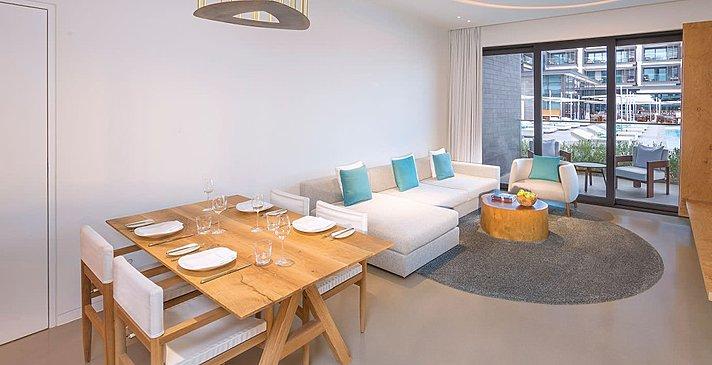 Wohn- und Esszimmer Signature Suite (Beispielfoto)