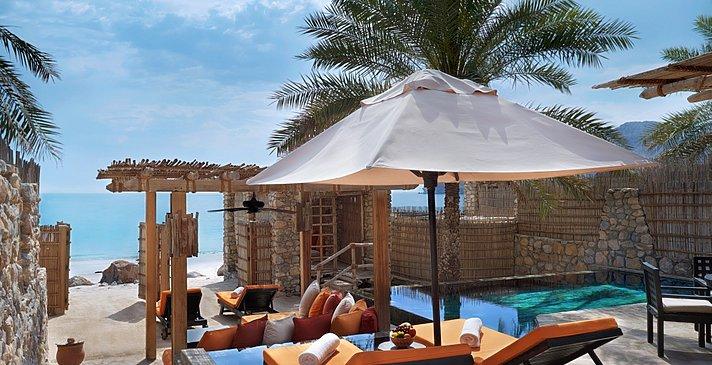 Wohnbeispiel Beachfront Pool Villa - Six Senses Zighy Bay