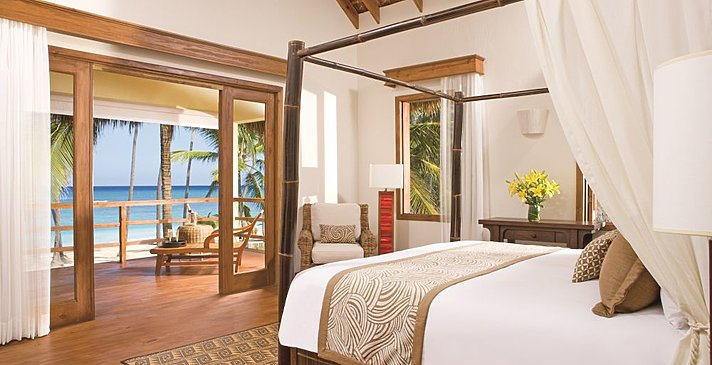 Junior Suite Oceanfront - Zoëtry Agua Punta Cana
