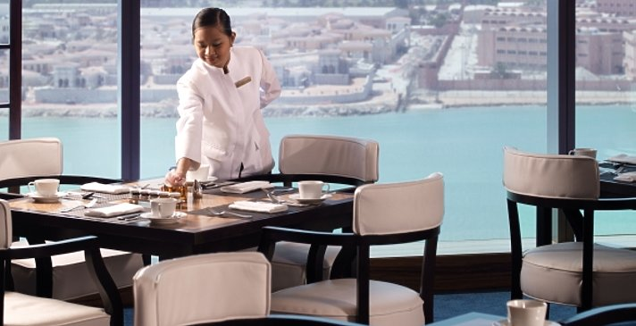 Club Lounge - Fairmont Bab Al Bahr