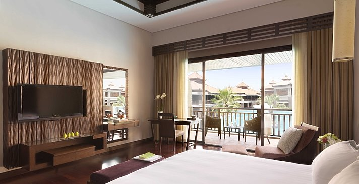 Premier Lagoon View - Anantara Dubai The Palm Resort & Spa