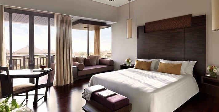Deluxe Lagoon View - Anantara Dubai The Palm Resort & Spa