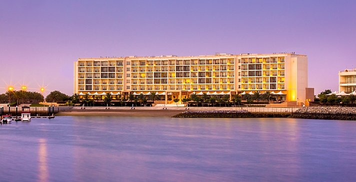 Lage Superior Sea View und Executive Suite - Millennium Resort Mussanah