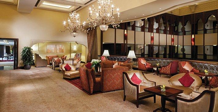 Foyer Horizon Club - Shangri-La Hotel, Qaryat Al Beri