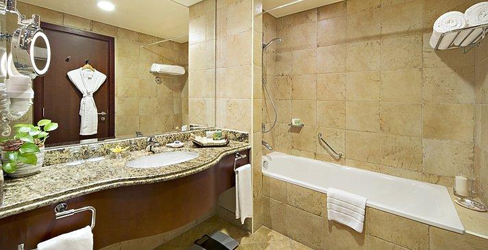 Badezimmer - Danat Resort Jebel Dhanna