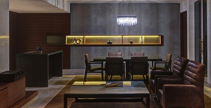 Diplomatic Suite Wohn- und Essbereich - Park Hyatt Abu Dhabi Hotel and Villas