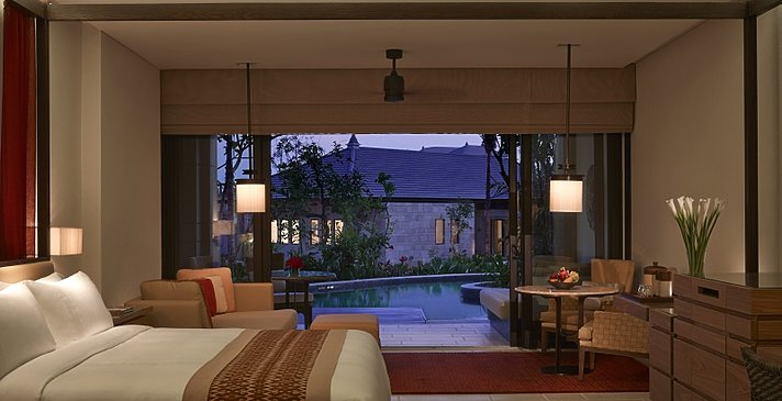 The Ritz-Carlton, Bali - The Sawangan Junior Suite Lagoon Access