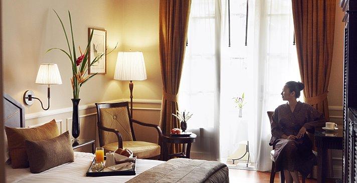 Raffles Hotel Le Royal - State Pool View Room