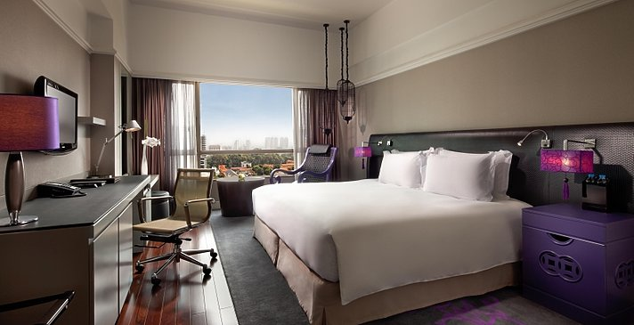 Sofitel Saigon Plaza - Luxury Room