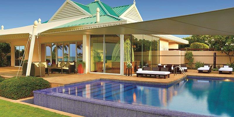 Außenbereich mit Privatpool - The Ritz-Carlton, Bahrain Villas