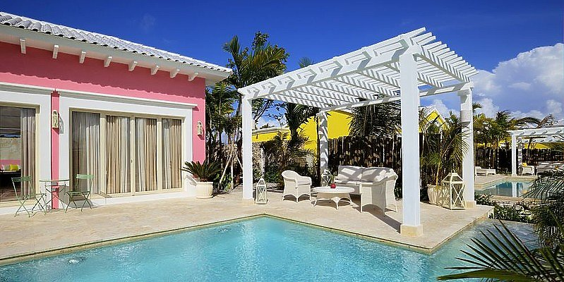Luxury Pool Junior Suite - Eden Roc at Cap Cana