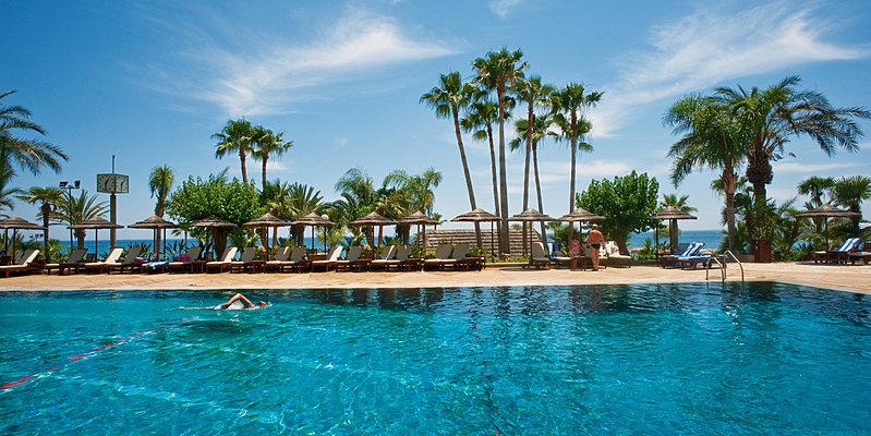 Hauptpool - Amathus Beach Hotel Limassol