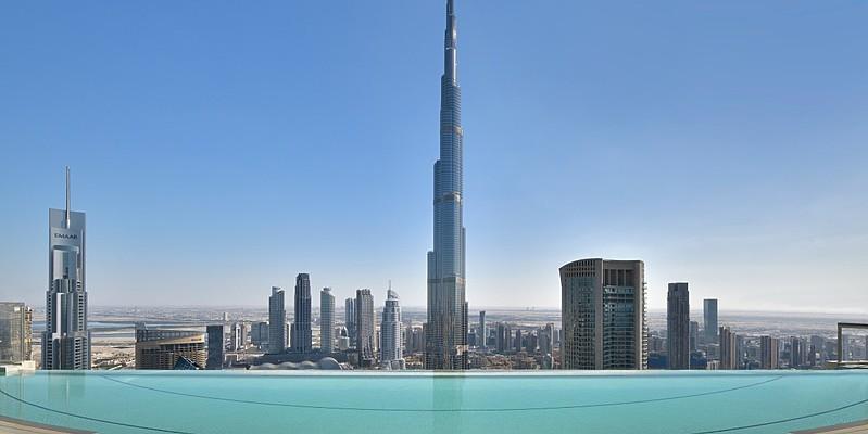 Infinity Pool - The Address Sky View
