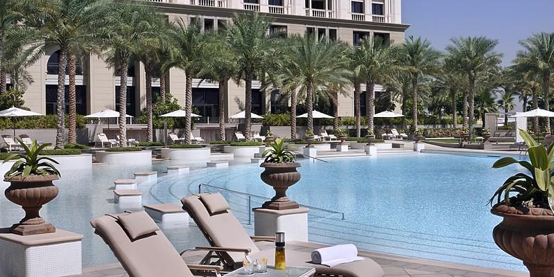 Ischia Pool - Palazzo Versace Dubai