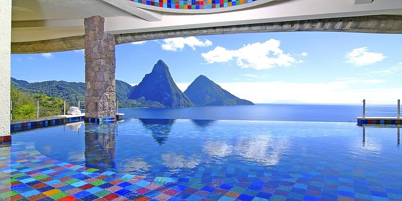 Infinity Pool - Jade Mountain