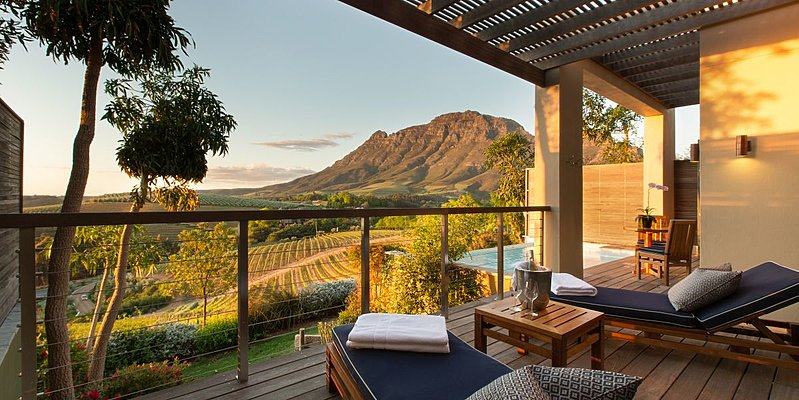 Luxury Vineyard View Suite - Delaire Graff Lodges & Spa