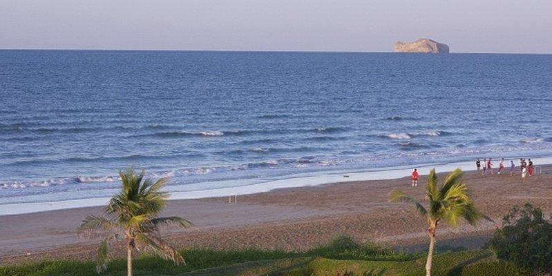 Öffentlicher Strand - Grand Hyatt Muscat
