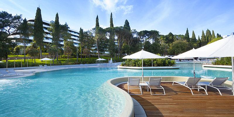 Pool - Hotel Lone