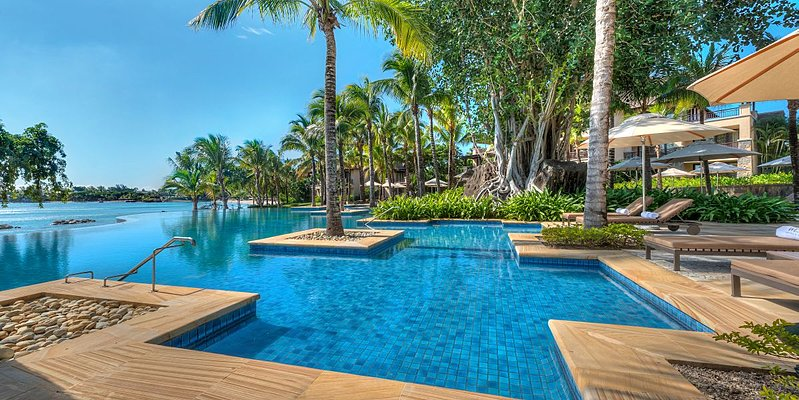 Pool - The Westin Mauritius Turtle Bay Resort