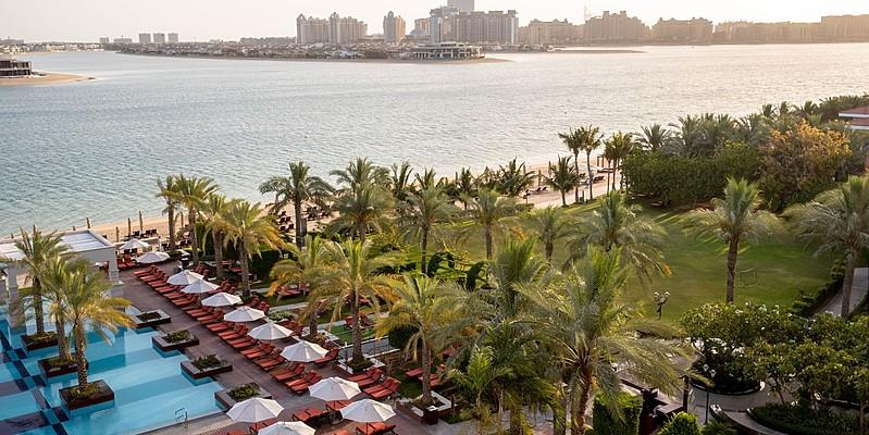 Pool- und Strandbereich Jumeirah Zabeel Saray