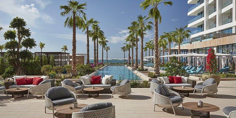 Teil des Poolbereichs - Mandarin Oriental Dubai