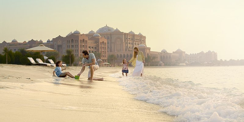 Strand des Emirates Palace - Mandarin Oriental