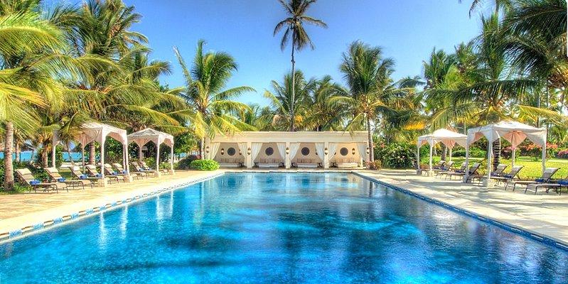 Swimming Pool - Baraza Resort & Spa