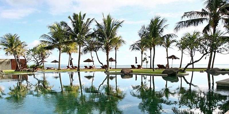 The Samaya Seminyak - Swimming Pool