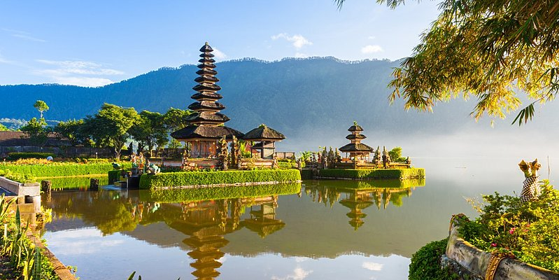 Ulun Danu - Bali in Style