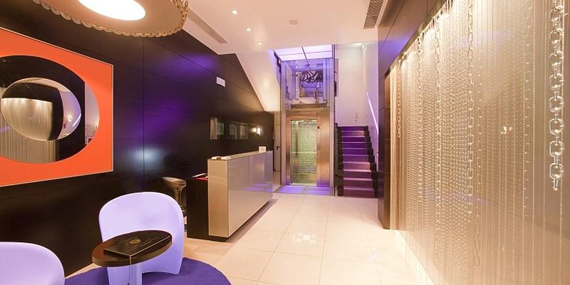 Internacional Design Hotel - Lobby