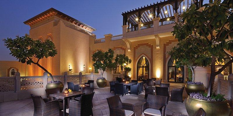 Horizon Club Terrasse - Shangri-La Hotel, Qaryat Al Beri