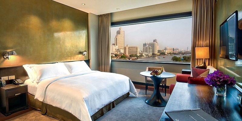 Millennium Hilton - Deluxe Room